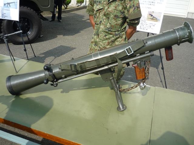 カールグスタフ(84mm無反動砲)