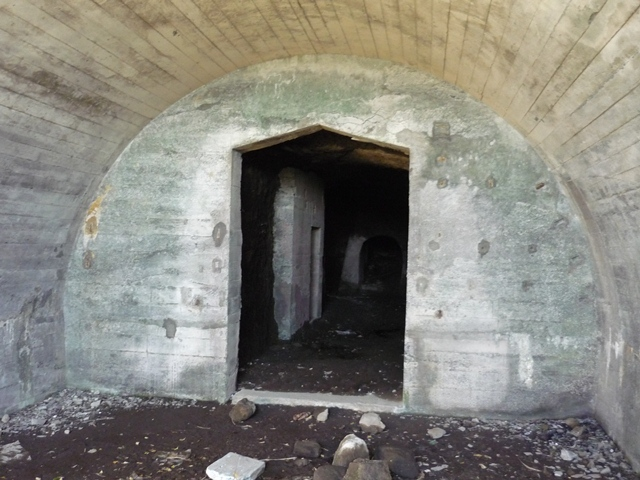 黒崎第一洞窟砲台砲室