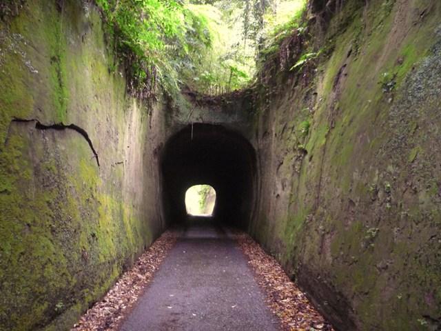 トンネル(2)