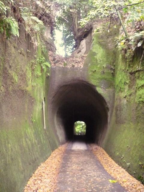トンネル(3)