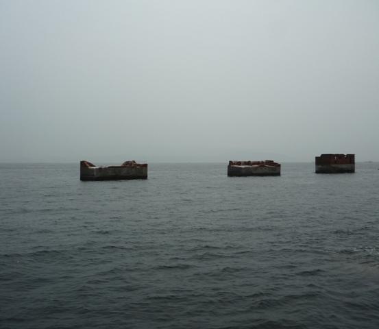 海上の遺構