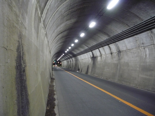 比与宇トンネル