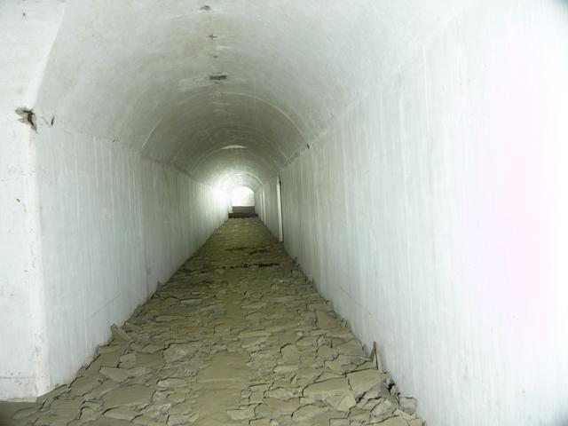 城ヶ島砲塔砲台地下砲側庫(2)