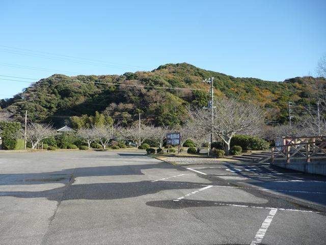 野鳥の森駐車場