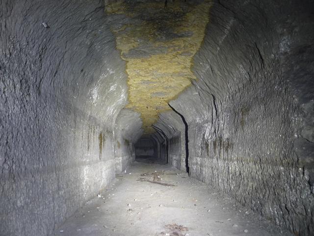 夏島地下壕
