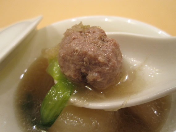 ふかひれ入り大根スープ2