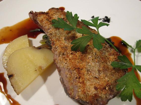 タスマニア産仔羊背肉のマスタードパン粉焼き