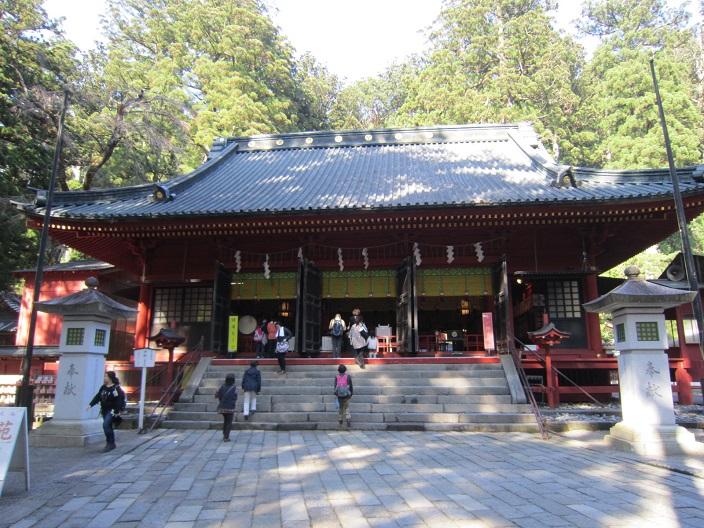 二荒山神社 本社拝殿
