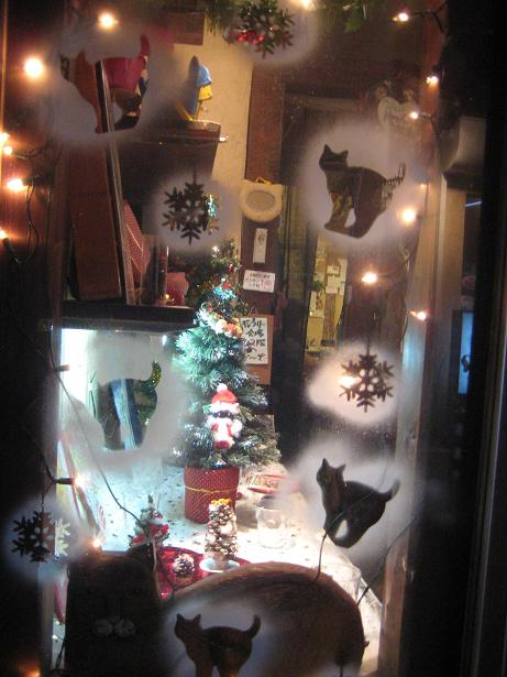 降る猫クリスマスプチ搬入 017