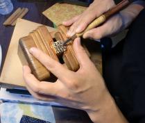 手彫り ~ 仕上げ工程 ~
