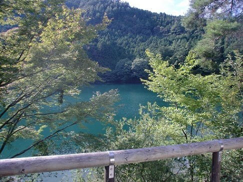 伊奈ヶ湖。