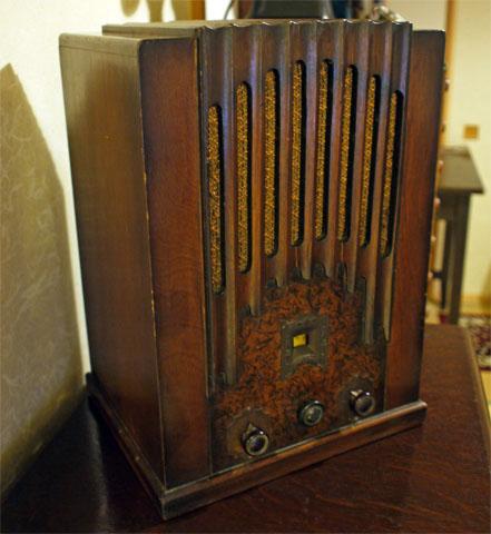 縦型ラジオ