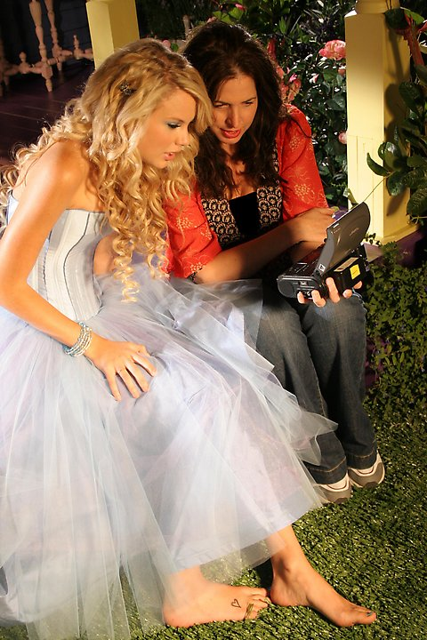 Taylor Swif  Our Love010