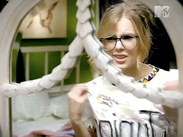 Taylor Swift 2009 You Belong with Me #2 (3)