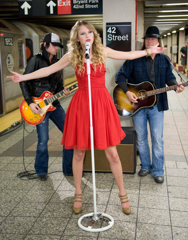Taylor Swift 2009 You Belong with Me A (03)