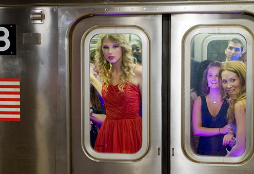 Taylor Swift 2009 You Belong with Me A (13)