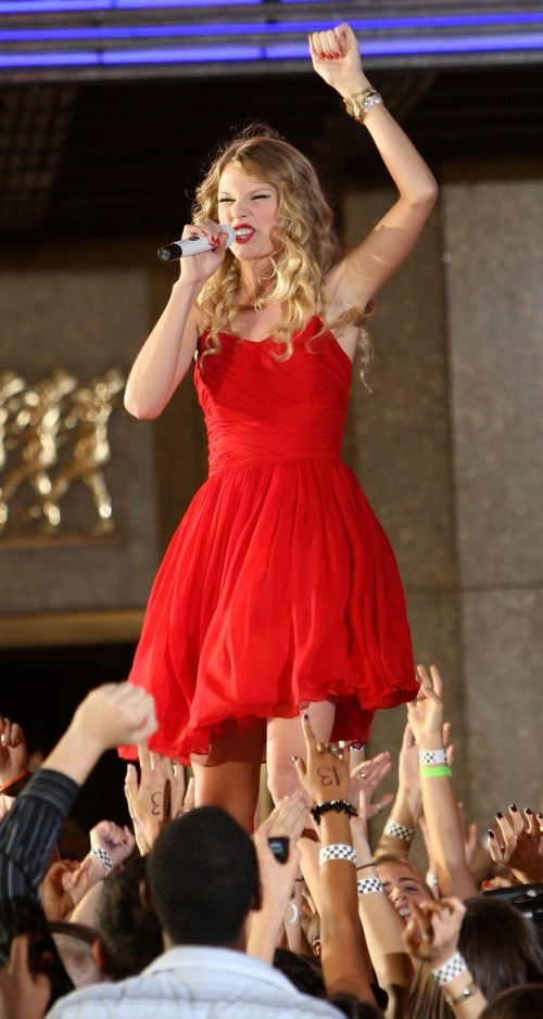 Taylor Swift 2009 You Belong with Me A (24)