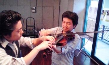 バイオリン教える