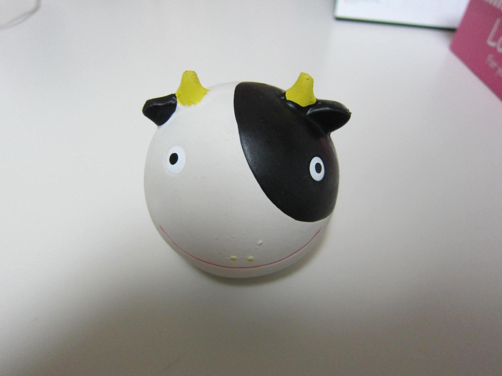 ウシちゃんボール