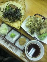 大澤屋で食べた水沢うどんと舞茸の天ぷら美味しかったです