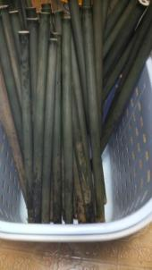 煮沸(油抜き)後の竹は煮沸する前よりも若干色が薄くなります。