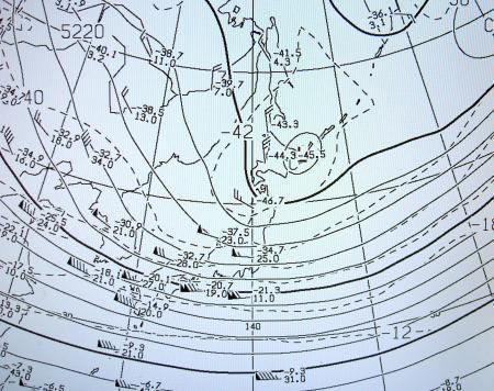 2012年2月18日09時500hPa高層天気図の一部