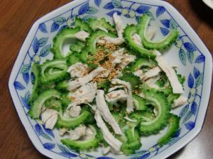 ニガ瓜サラダ