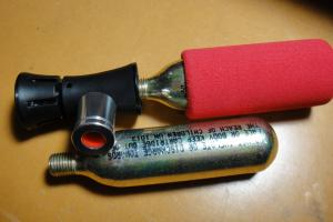 CO2 インフレーター
