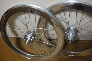 ギンギラ車輪