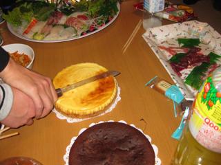 KAZ君とケーキカット入刀