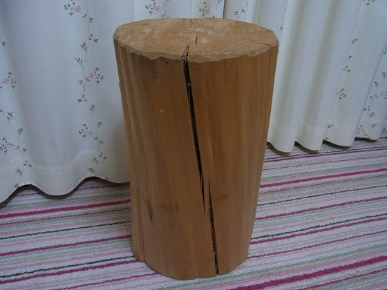 Cypress-stool-Aug-22nd-2013-x-5.jpg