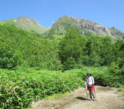 ▲焼岳(標高2455m)|長野県・岐阜県【展望広場】|新中の湯ルート