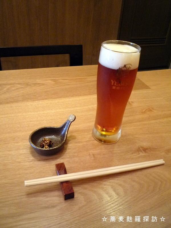 13.本郷 蕎麦切 森の (エビスビール)