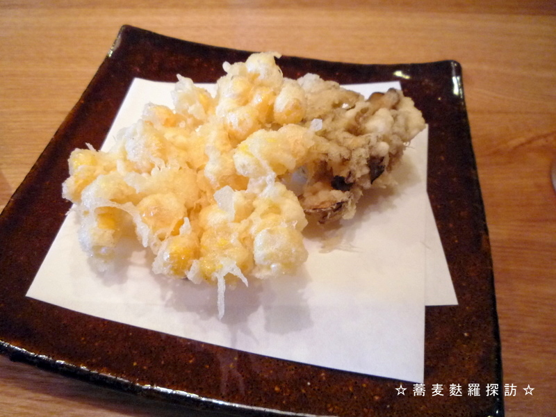 13.本郷 蕎麦切 森の (とうもろこしのかき揚げ&舞茸の天ぷら)