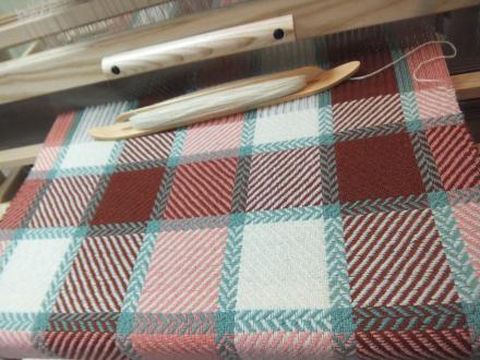 ブランケット織り途中