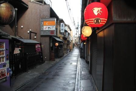 日中でも風情のある先斗町_H26.12.06撮影