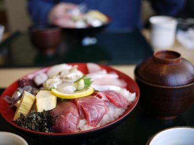 s-0201.3.21海鮮丼13:52