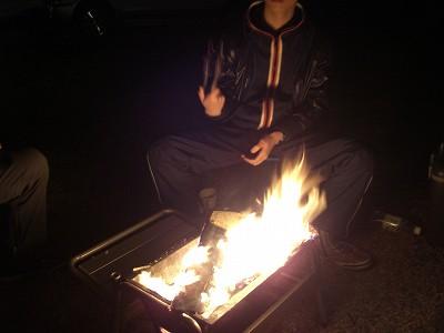 20:29焚火
