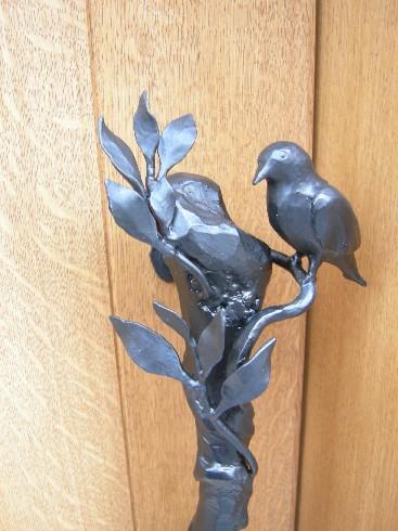 鳥のドアノブ