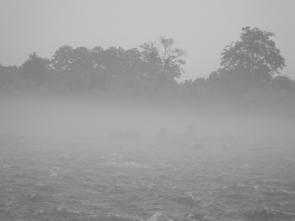 620 濃霧