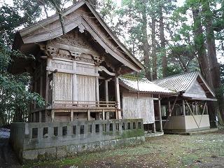 岩井川神社殿