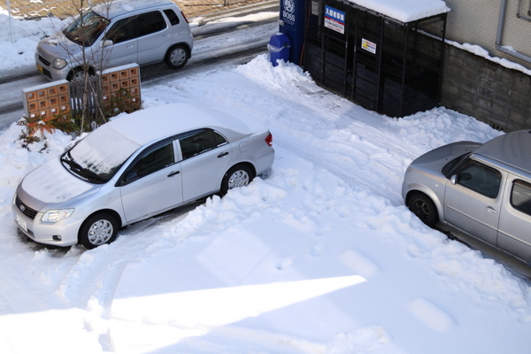 近所の駐車場