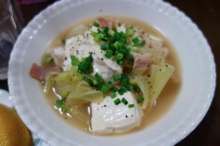 豆腐とキャベツの煮込み