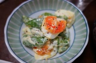 スナップエンドウとゆで卵のサラダ0331