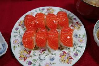 サーモンのお寿司0526