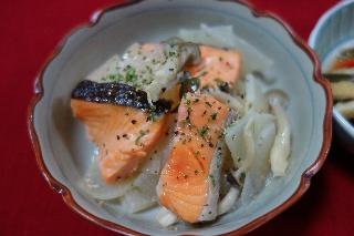 塩鮭と大根の煮物0528