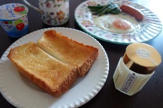 ハチミツバタートースト