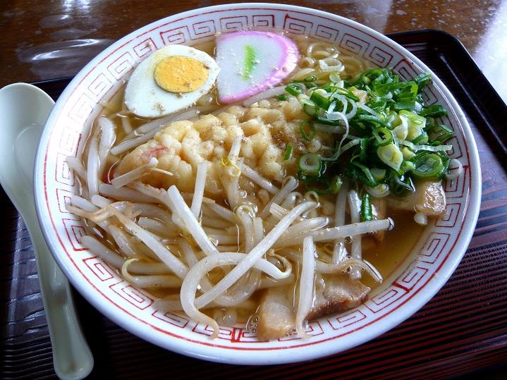初雪食堂天ぷら中華1