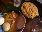 味玉半ちゃーしゅーつけ麺(中盛)