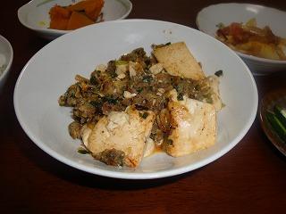 100317餃子餡と豆腐の炒め物